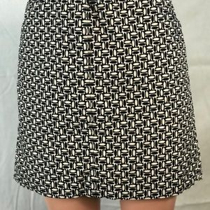 ANN Taylor Velvetie Mini Skirt black white Size 6
